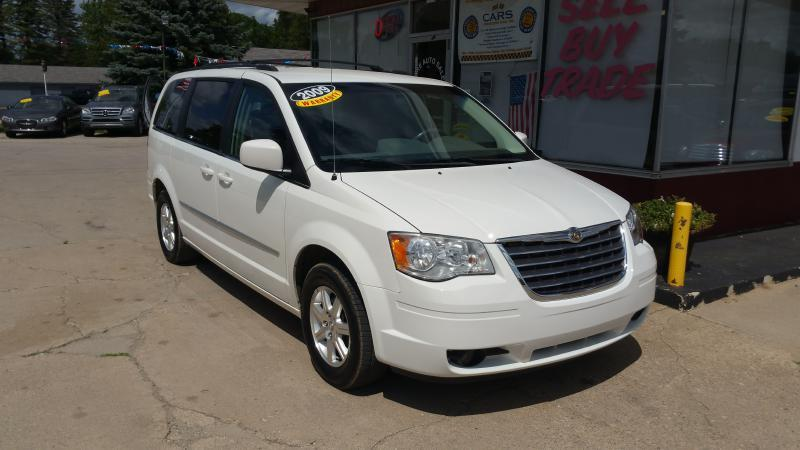 2009 Chrysler Town and Country Touring Mini-Van 4dr - Clare MI
