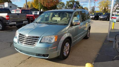 2008 Chrysler Town and Country for sale in Clare, MI