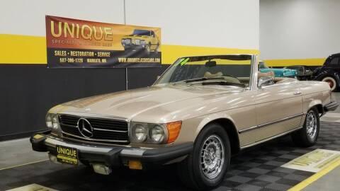 1974 Mercedes-Benz 450 SL for sale at UNIQUE SPECIALTY & CLASSICS in Mankato MN