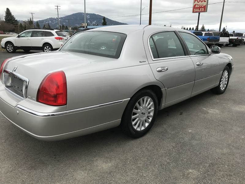 2003 Lincoln Town Car Signature 4dr Sedan In Hayden Id Pool Auto Sales