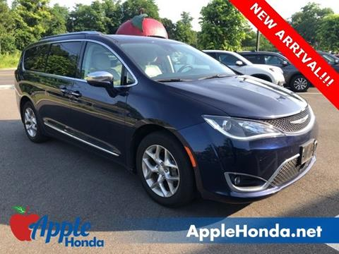 2017 Chrysler Pacifica for sale in Riverhead, NY