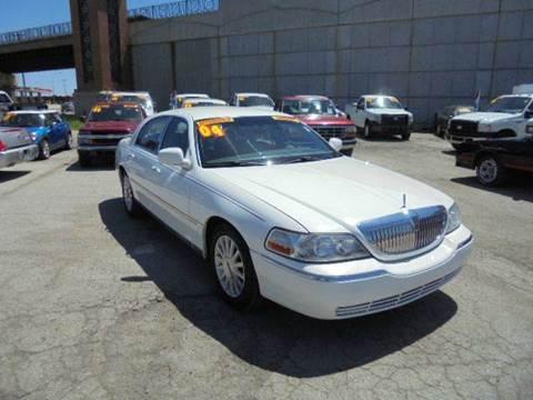 2004 Lincoln Town Car for sale in Olathe, KS