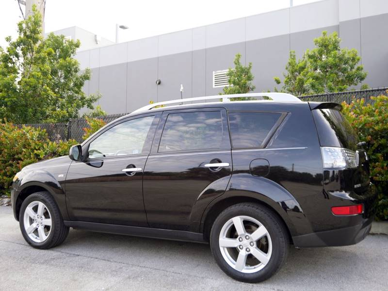 2007 Mitsubishi Outlander for sale at Palm Beach Automotive Sales in West Palm Beach FL