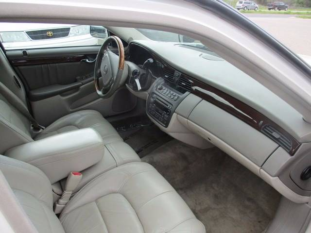 2003 Cadillac DeVille DHS 4dr Sedan - Inver Grove Heights MN