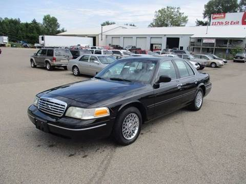 2002 Ford Crown Victoria for sale in Inver Grove Heights, MN