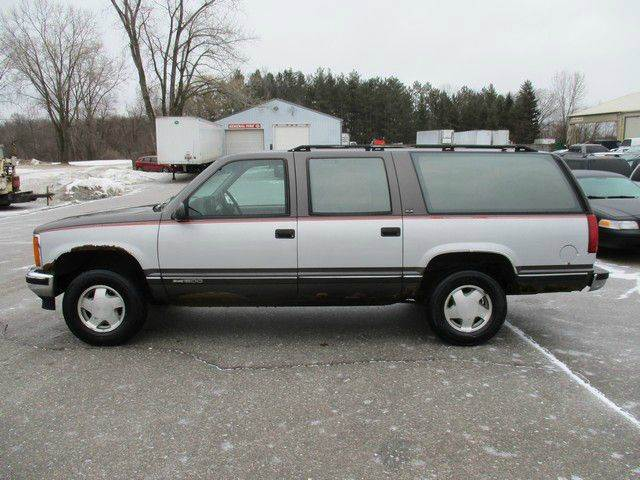 1993 GMC Suburban 4dr K1500 4WD SUV - Inver Grove Heights MN