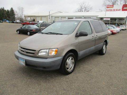 1998 Toyota Sienna for sale in Inver Grove Heights, MN