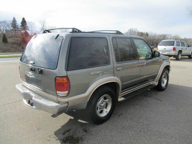 2000 Ford Explorer Eddie Bauer AWD 4dr SUV - Inver Grove Heights MN