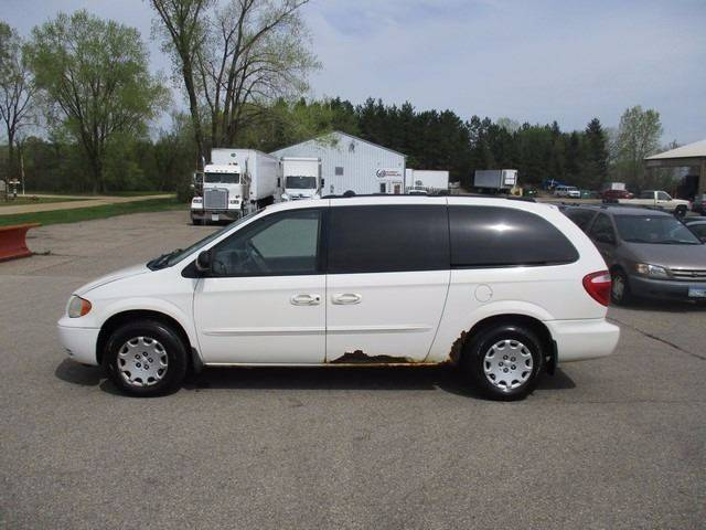 2003 Chrysler Town and Country Fwd 4dr Extended Mini-Van - Inver Grove Heights MN