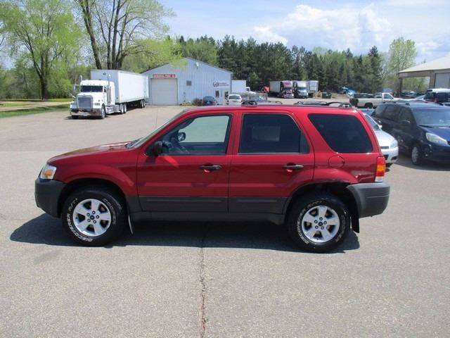 2005 Ford Escape AWD XLT 4dr SUV - Inver Grove Heights MN