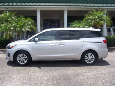 2017 Kia Sedona for sale at Thomas Auto Mart Inc in Dade City FL