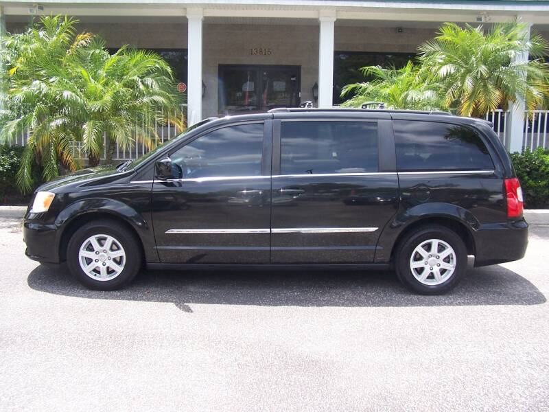 2012 Chrysler Town and Country for sale at Thomas Auto Mart Inc in Dade City FL