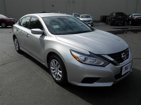 2017 Nissan Altima for sale in Peru, IL