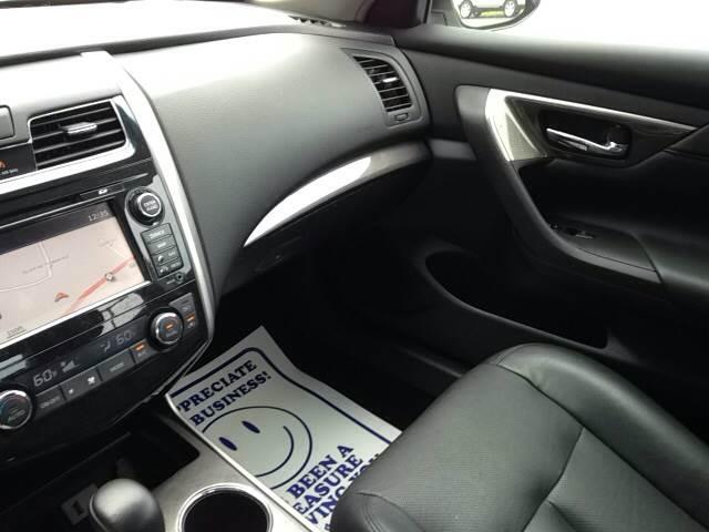 2013 Nissan Altima 3.5 S 4dr Sedan - Greenville NC