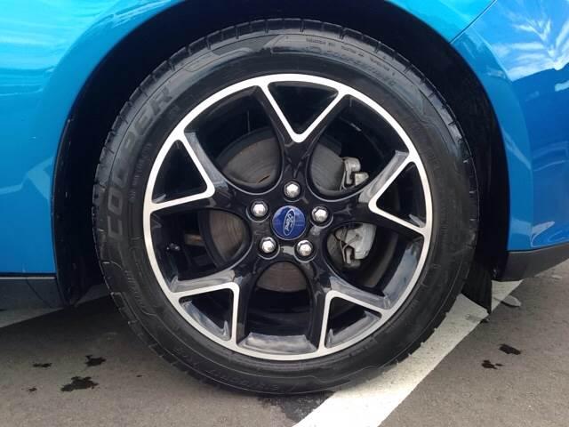 2014 Ford Focus SE 4dr Sedan - Greenville NC