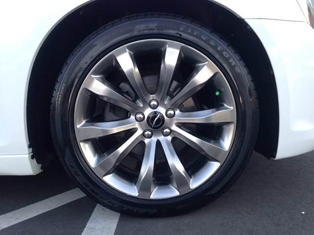 2014 Chrysler 300 S 4dr Sedan - Greenville NC