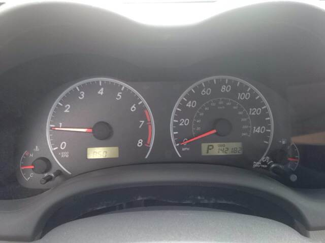 2009 Toyota Corolla LE 4dr Sedan 4A - Greenville NC