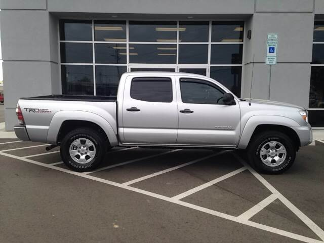 2013 Toyota Tacoma 4x4 V6 4dr Double Cab 5.0 ft SB 5A - Greenville NC