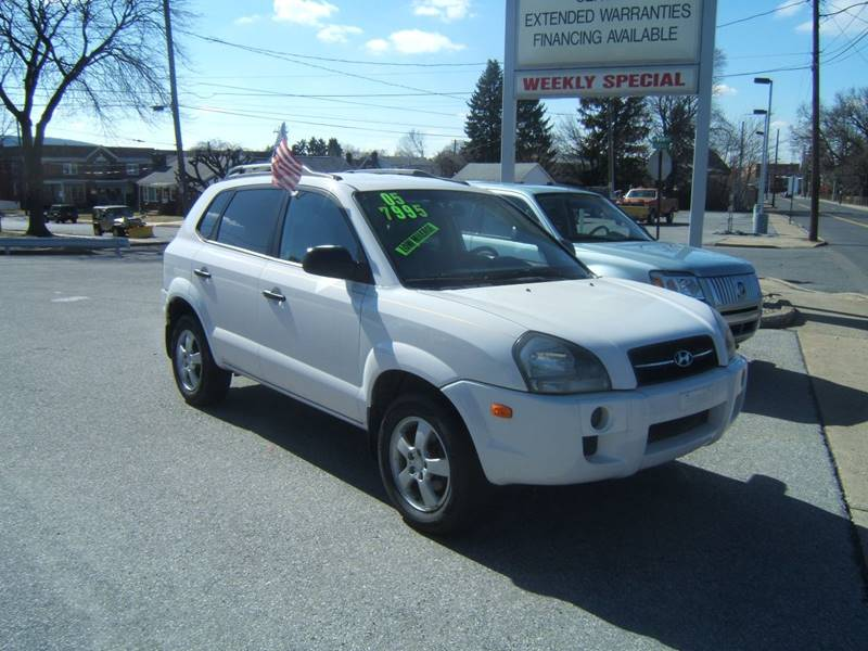 2005 Hyundai Tucson for sale at Albrights Auto Sales in Allentown PA