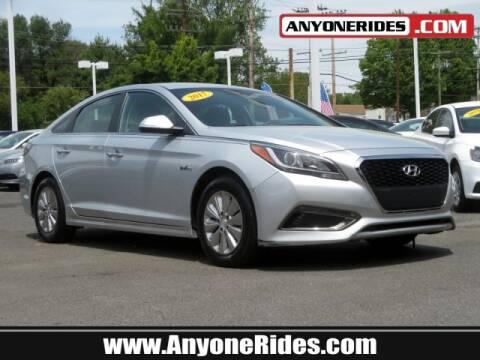 2017 Hyundai Sonata Hybrid for sale at ANYONERIDES.COM in Kingsville MD
