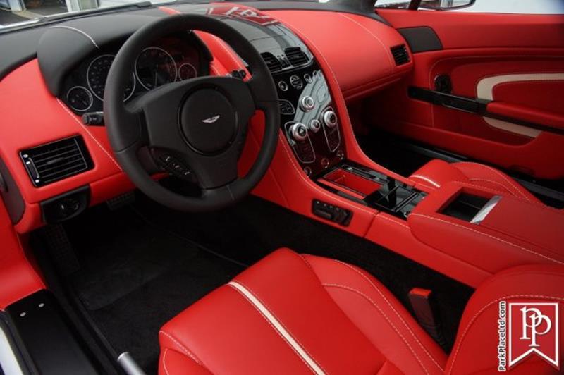 2017 Aston Martin V12 Vantage S 14
