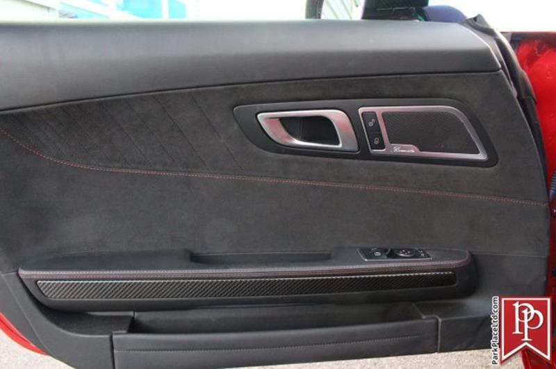 2016 Mercedes-Benz AMG GT 13