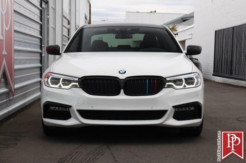 2017 BMW 5 Series 4