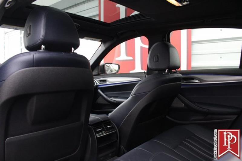 2017 BMW 5 Series 22