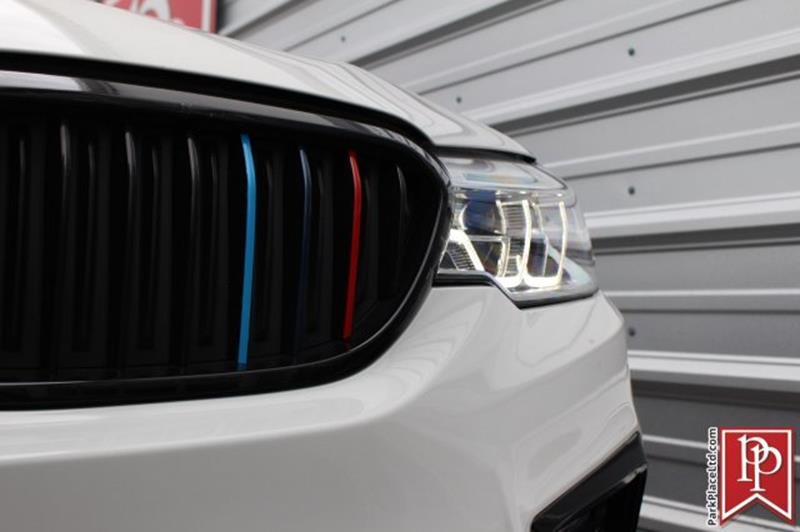 2017 BMW 5 Series 41