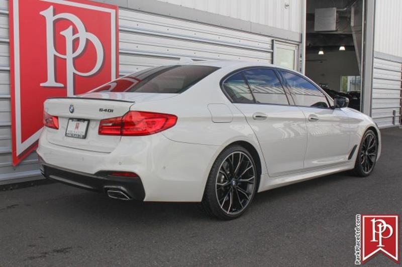 2017 BMW 5 Series 13