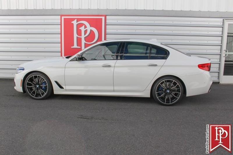 2017 BMW 5 Series 10