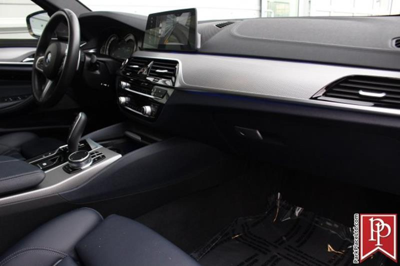 2017 BMW 5 Series 26