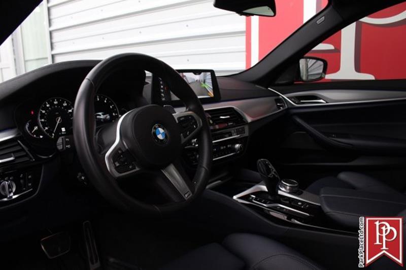 2017 BMW 5 Series 17