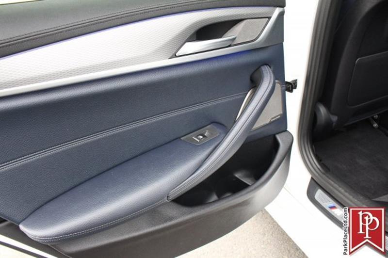 2017 BMW 5 Series 24