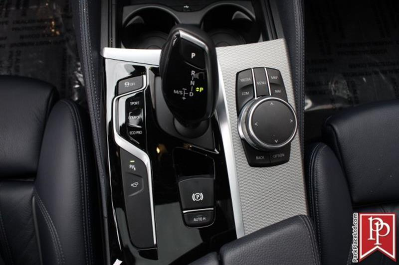 2017 BMW 5 Series 21