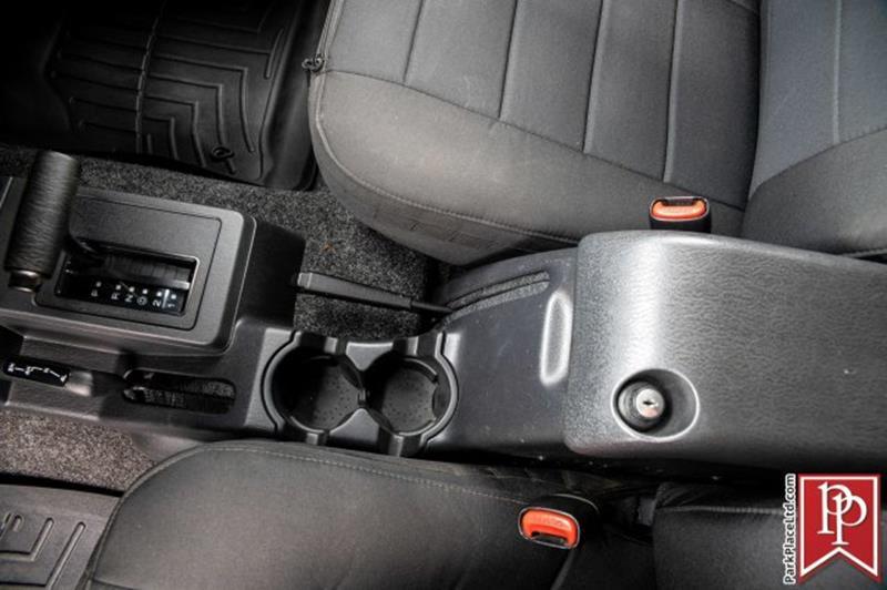 2005 Jeep Wrangler 9