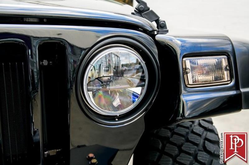 2005 Jeep Wrangler 24