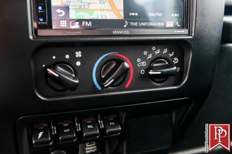 2005 Jeep Wrangler 6
