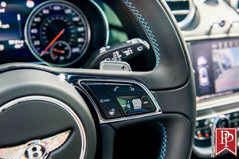 2018 Bentley Bentayga 23