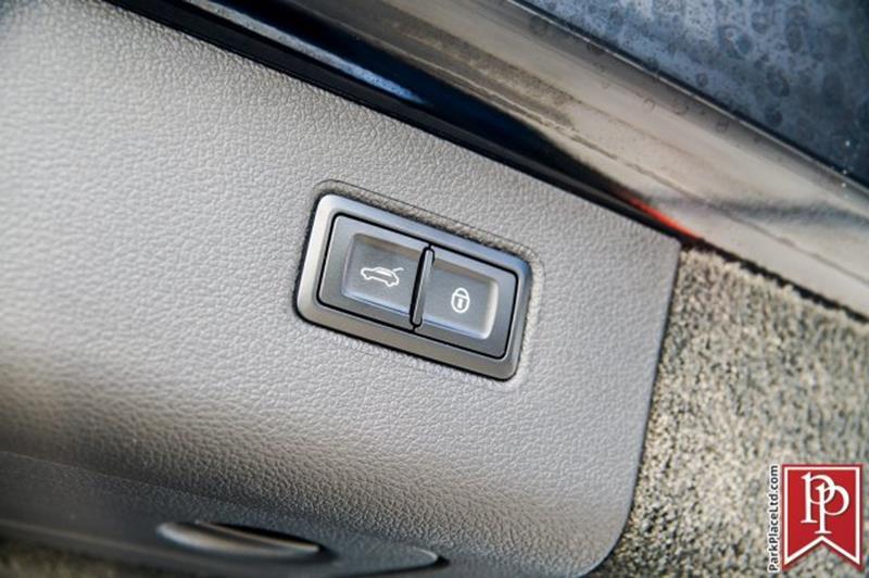 2018 Bentley Bentayga 48