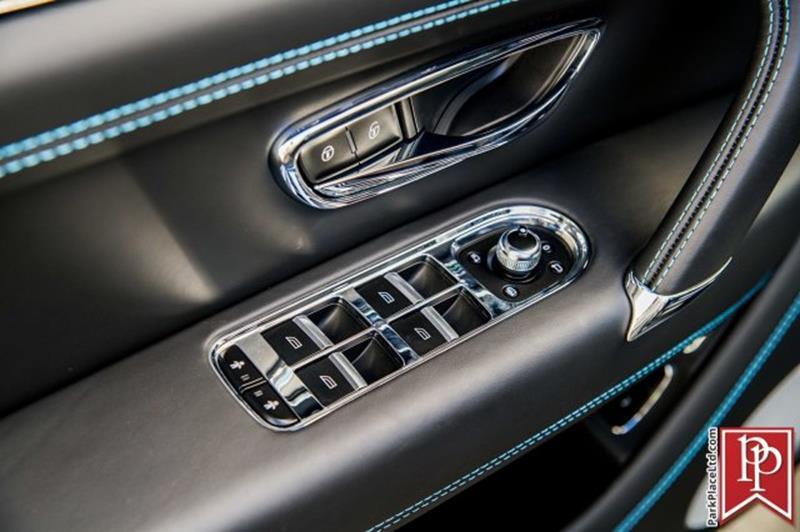 2018 Bentley Bentayga 11