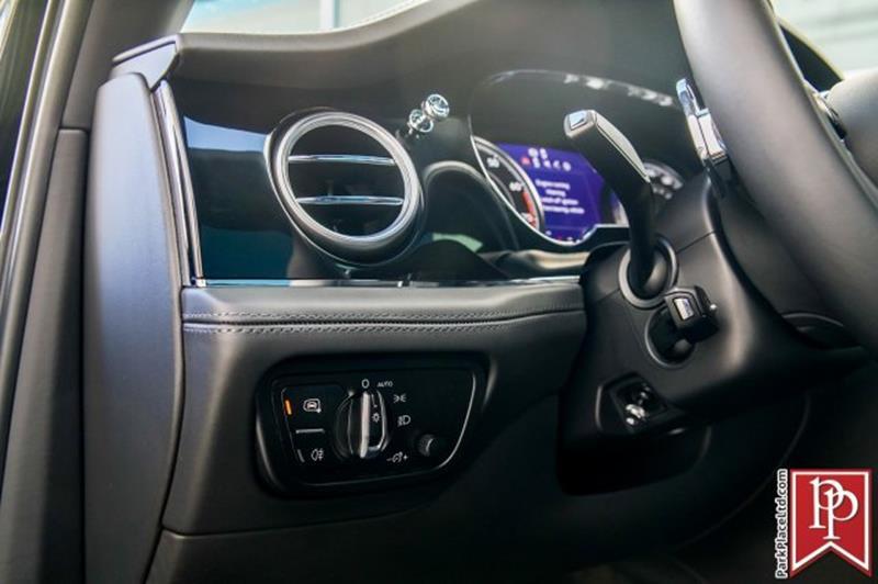 2018 Bentley Bentayga 15