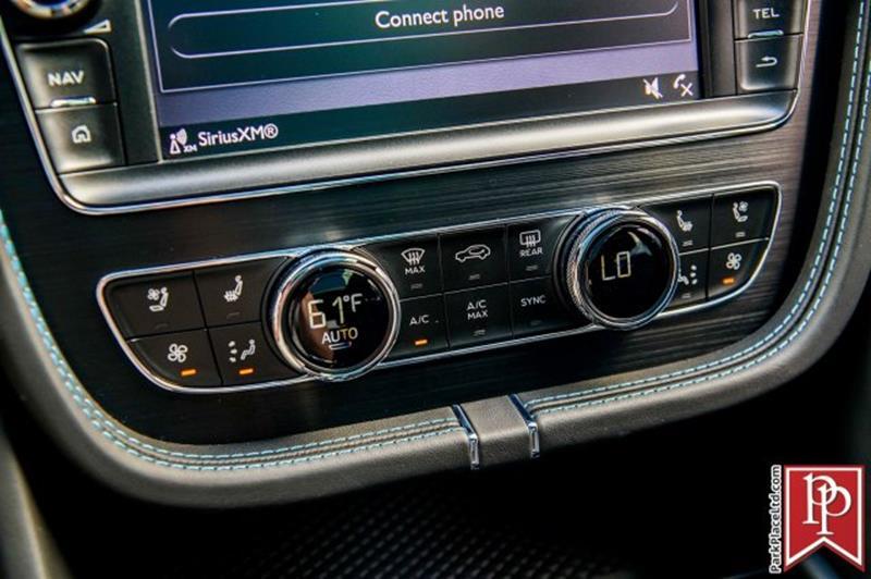 2018 Bentley Bentayga 37