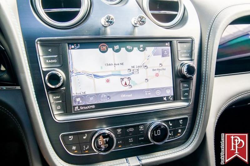 2018 Bentley Bentayga 34