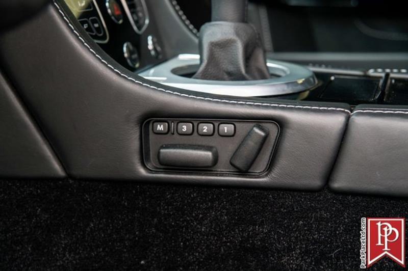 2017 Aston Martin V12 Vantage S 18