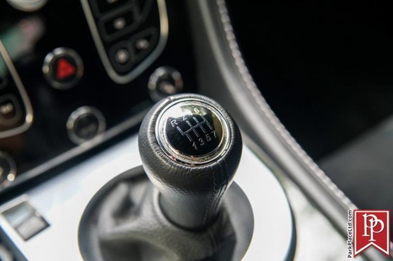 2017 Aston Martin V12 Vantage S 35