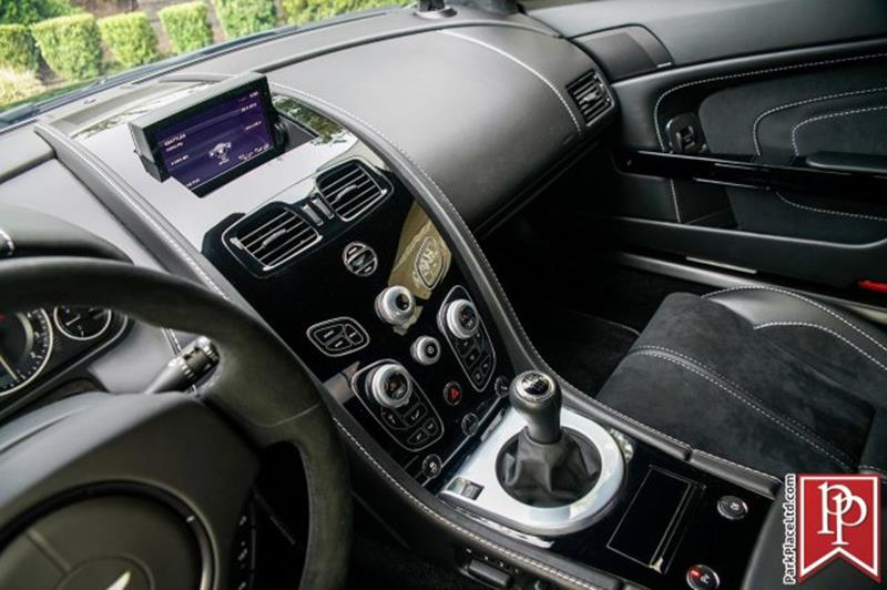 2017 Aston Martin V12 Vantage S 22