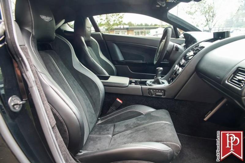 2017 Aston Martin V12 Vantage S 37