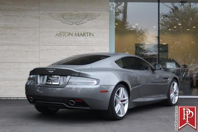 2015 Aston Martin DB9 2