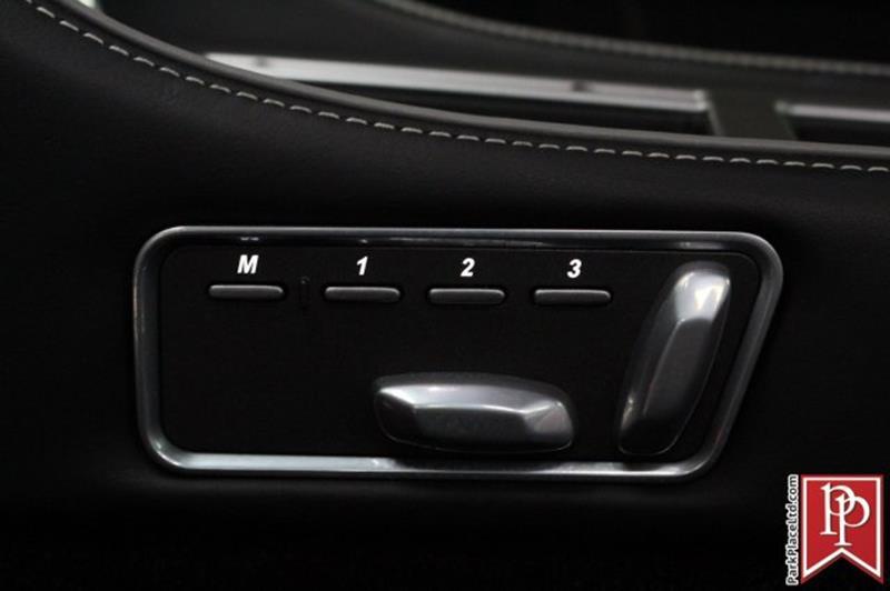 2015 Aston Martin DB9 18